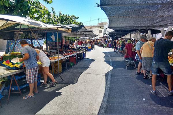 Las Rozas abre los mercadillos de los sábados tras ampliar su superfice