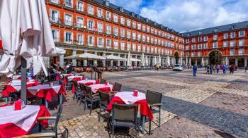 Madrid ha establecido esta medida en colaboración con los hosteleros de la zona al llegar varias quejas de los vecinos