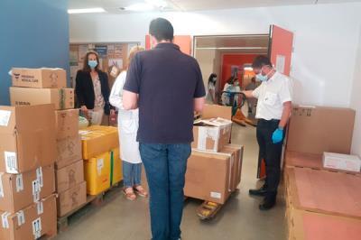 Lee toda la noticia 'Leganés entrega 5.000 test rápidos al Hospital Severo Ochoa '