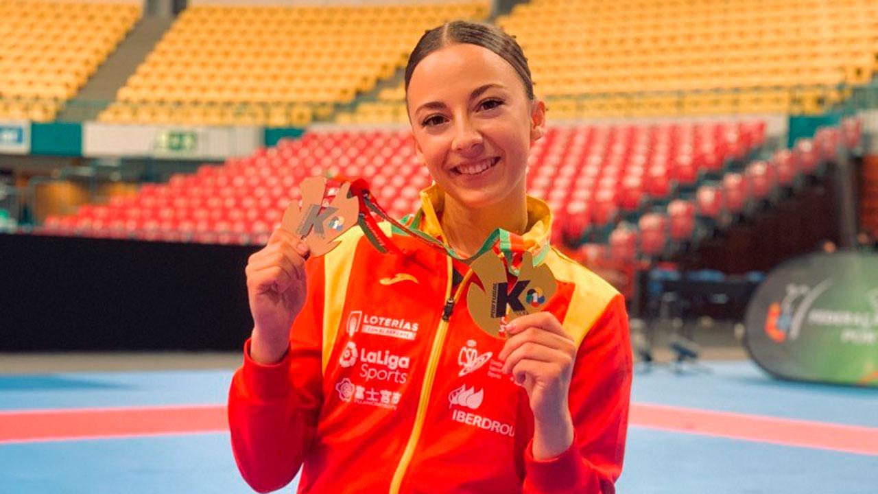 La karateca alcalaína se hizo con un oro y un bronce en la competición internacional