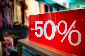 Desde esta tarde, empresas como Inditex no han podido 'resistirse' a adelantar sus suculentos descuentos en moda