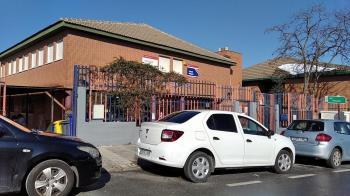 El ayuntamiento afirma que toda la zona alrededor de los centros está limpia y accesible