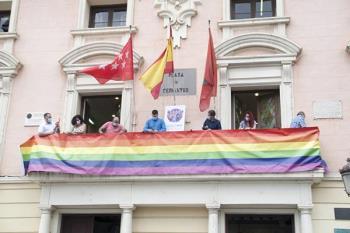 """El PP asegura que apoya al colectivo aunque no firma el manifiesto porque implicaba una """"adhesión al PSOE"""""""