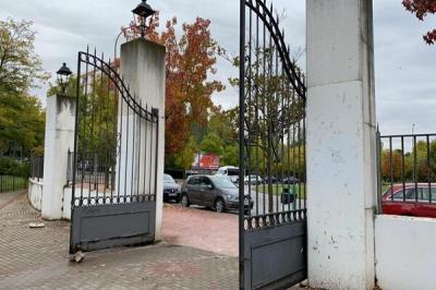 Lee toda la noticia 'Los parques de Móstoles cierran ante el temporal previsto para esta tarde'