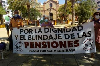 """Entre las peticiones del colectivo social se incluyen pensiones y residencias """"dignas"""""""