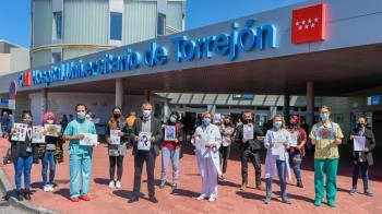 La entrega ha tenido lugar en el Hospital Universitario de Torrejón y ha contado con la presencia del concejal de Bienestar, Educación e Inmigración, Rubén Martínez