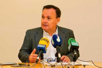 """El Ayuntamiento de Coslada ha adquirido 130.000 mascarillas que se distribuirán """"el viernes o el sábado"""""""