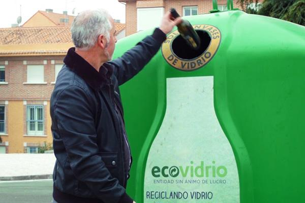 Los vecinos de Sanse han reciclado un 15,7% más de plástico y vidrio durante el estado de alarma