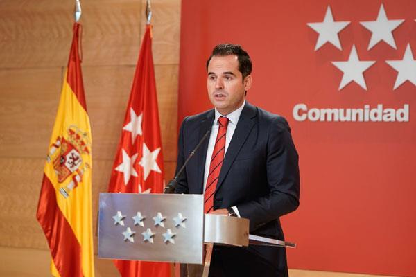 Madrid pide a Sánchez 222 policías nacionales y guardias civiles