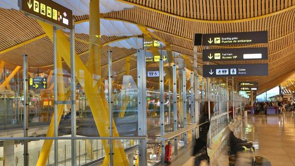 Madrid pide restricciones para viajeros procedentes de la India