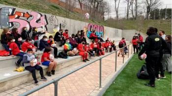 Establecen convenios con federaciones regionales de fútbol sala, baloncesto y voleibol