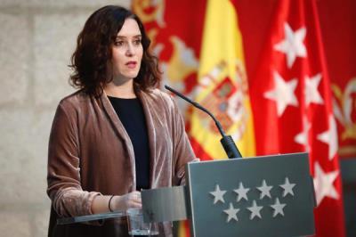 Lee toda la noticia 'Madrid destina más de 800.000 euros en subcontratar la vacunación a Cruz Roja'