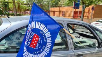 Los agentes del municipio han querido informar a los ciudadanos de qué están pidiendo a la administración