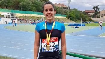 La atleta arroyomolinense se hizo con el oro en la categoría Máster F40