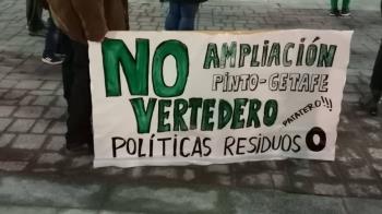 """Denuncian la """"nefasta política de residuos de la Mancomunidad del Sur y la dejación de funciones de la CAM"""""""