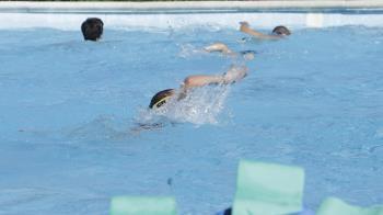 El Ayuntamiento ha reforzado el personal de las instalaciones deportivas debido a las colonias de verano