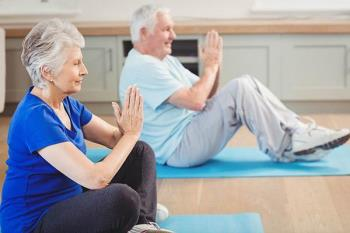 La población de mayores podrá complementar sus paseos diarios con estas sesiones deportivas