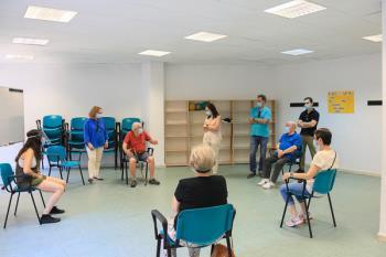 La alcaldesa de Getafe y el concejal del área han visitado el Centro de Terapias