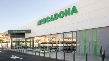 Las cadenas de supermercados aprovechan multitud de edificios con recorrido histórico para abrir nuevos locales