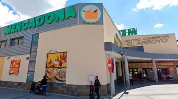 La cadena de supermercados necesita ampliar su plantilla para este verano
