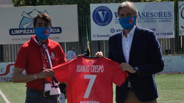 Merecido homenaje a Juanjo Crespo por parte de la A.D. Torrejón
