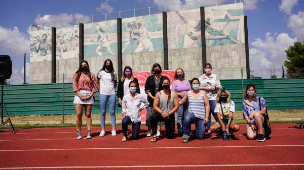 Móstoles estrena el mural 'Mujeres deportistas'