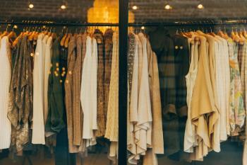 Arroyomolinos anima a los vecinos a comprar en los comercios del municipio