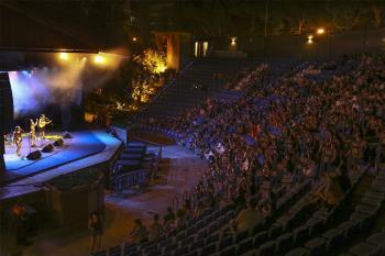 Actuarán también el día 27 de agosto tras haber agotado las localidades para el concierto previsto el día 28
