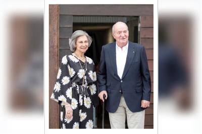 Lee toda la noticia 'Nuevo frente entorno al Rey Juan Carlos'