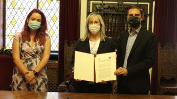El Ayuntamiento complutense firma un acuerdo con la Asociación de familias de personas con un diagnóstico de Trastorno del Espectro Autista