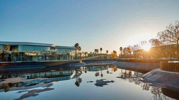 El nuevo resort comercial ha accedido a las peticiones de numerosos proveedores que pedían más tiempo para la inauguración