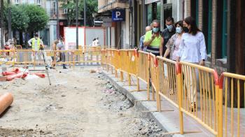 Las obras de verano ya están en marcha en el municipio con mejoras en calles, jardines, parques y colegios, entre otras