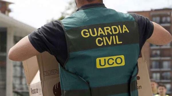 La UCO investiga la salida de fondos a través de empresas instrumentales y realiza una treintena de registros