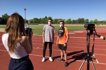 El director deportivo del Club Running Imprime Regalos repasa en Televisión de Madrid los inicios del club, sus objetivos y lo que representa el atletismo en la ciudad