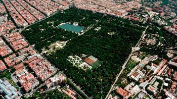Con una superficie de 190 hectáreas, de las cuales el 75% son espacios verdes