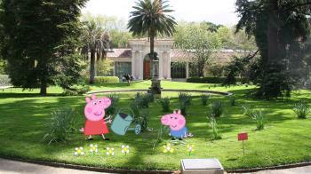 Te esperan los seis personajes de la familia Pig