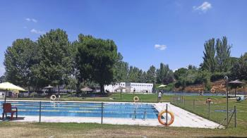 """Ramón Lucero: """"ya tendrían que haberse realizado las tareas para poner en funcionamiento la piscina"""""""