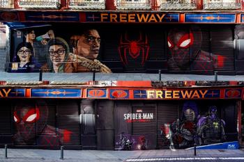 Se trata de una pieza de arte callejero de estilo grafiti ubicado en Malasaña, que representa a Miles Morales