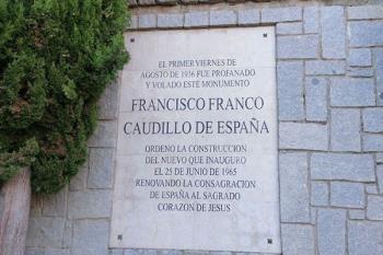 La formación municipal ha reiterado su petición de retirar la placa en homenaje a Franc