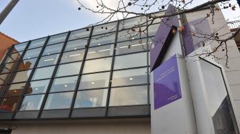 El servicio se ofrece en la Biblioteca Rosalía de Castro, con grupos de lectura en inglés, francés y alemán