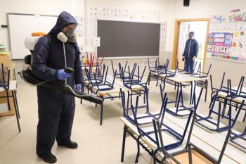 El objetivo es garantizar la seguridad del personal de los centros educativos