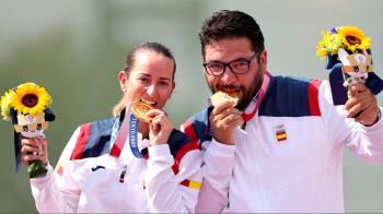 Fernández se ha hecho con el oro, junto a Fátima Gálvez, en tiro al plato mixto