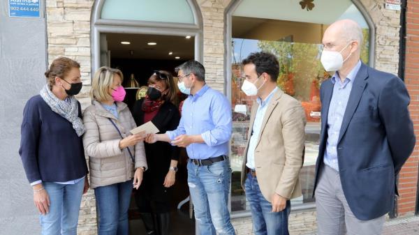 """El Alcalde de Alcobendas ha entregado los premios de la campaña """"El Comercio te agradece"""""""
