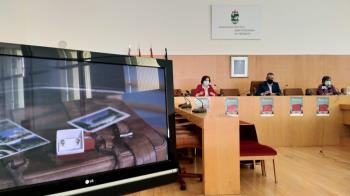 """El Ayuntamiento ha presentado la campaña """"La maleta. Una historia de tiempo y vida"""", un proyecto para dar a conocer los testimonios de los mayores durante el confinamiento."""