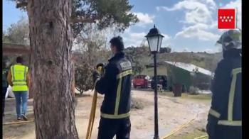 Se encuentran tres cadáveres tras incendiarse la vivienda