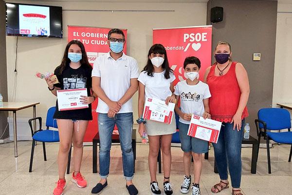 El acto también otorgó los diplomas a quienes concursaron en el I Concurso de Dibujo por la Igualdad