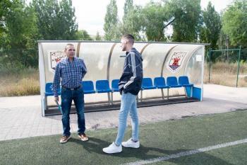 El entrenador del CD Avance, en su segunda temporada, ha conseguido  situar al club  a un paso de la Tercera División