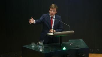 """El alcalde de Madrid ha asegurado el deseo del gobierno municipal por facilitar el acceso a la vivienda pero """"nada para regularla en la línea de las políticas del Gobierno central""""."""