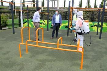 El Ayuntamiento realizará desinfecciones frecuentes en todos los parques del municipio