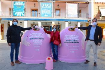 El objetivo es doble: movilizar a la ciudadanía para reciclar y contribuir con la prevención del cáncer de mama